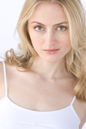 Amy Rutberg, the blond woman actress in the Kindle book commercial