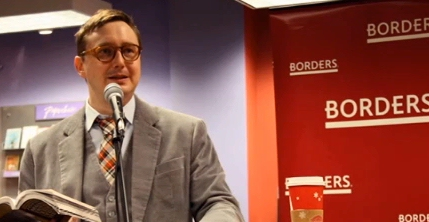 Daily Show correspondent John Hodgman at Borders bookstore